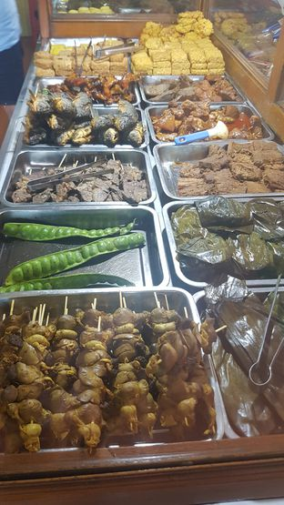 Foto 2 - Makanan di Warung Nasi Ibu Imas oleh Yuli || IG: @franzeskayuli