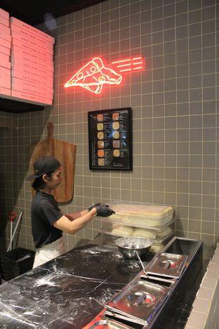 Foto 13 - Interior di Sliced Pizzeria oleh Prido ZH