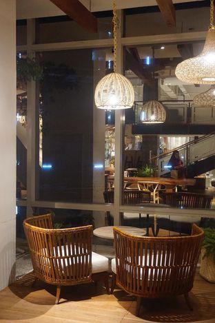 Foto 7 - Interior di Lumine Cafe oleh yudistira ishak abrar