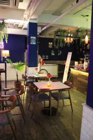 Foto 9 - Interior di Bleu Alley Brasserie oleh Prido ZH