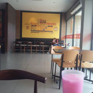 Foto 4 - Interior di Richeese Factory oleh Andin | @meandfood_