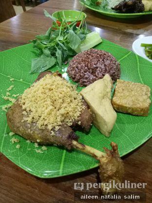Foto 1 - Makanan di Bebek Goreng HT Khas Surabaya oleh @NonikJajan