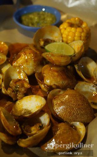 Foto 2 - Makanan di Kerang Kiloan Cipete oleh Kang Jamal