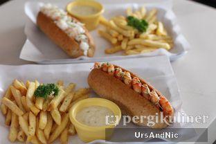 Foto 3 - Makanan di LOVEster Shack oleh UrsAndNic