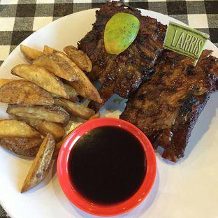 Foto 1 - Makanan di Warung Larris oleh lady natali