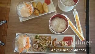Foto 2 - Makanan di HokBen (Hoka Hoka Bento) -  Kartika Chandra Hotel oleh Jakartarandomeats