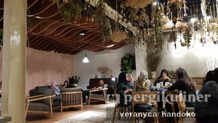 Foto 4 - Interior(Ambiance) di Cups Coffee & Kitchen oleh Veranyca Handoko