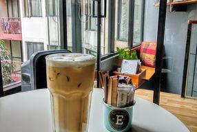 Foto Escalator Coffeehouse