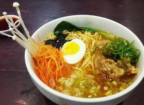8 Tempat Makan Ramen di Bandung yang Bikin Kamu Jatuh Cinta