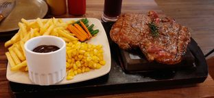 Foto - Makanan di Marble Hot Stone Grilled Steak oleh Bryan Evert