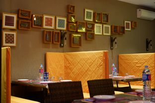 Foto 20 - Interior di D' Bollywood oleh Deasy Lim