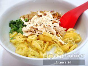 Foto 3 - Makanan di Bubur Ayam Tangki 18 oleh Fransiscus