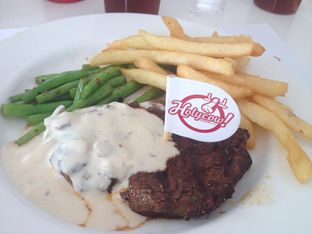 Foto - Makanan di Holycow! STEAKHOUSE by Chef Afit oleh Fenia Arbi