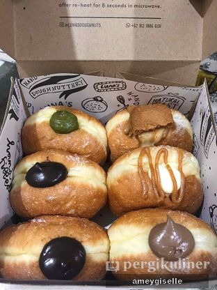 Foto review Luna's Doughnuts oleh Hungry Mommy 2