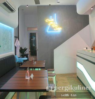 Foto 3 - Interior di Lab Cafe oleh Selfi Tan
