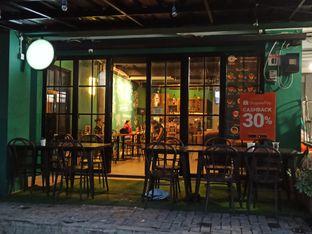 Foto 2 - Interior di Edisan Coffee oleh Rachmat Kartono