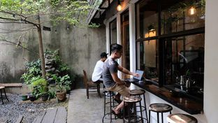 Foto 7 - Eksterior di But First Coffee oleh YSfoodspottings