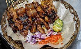 Sate Babi Moro Seneng