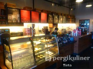 Foto 6 - Interior di Starbucks Coffee oleh Tirta Lie