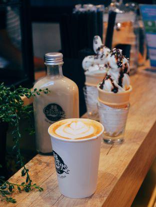 Foto 1 - Makanan(Latte) di 88 Garage Cafe oleh Desanggi  Ritzky Aditya