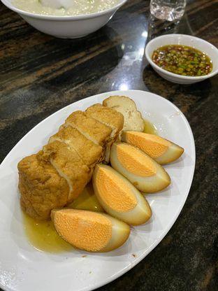Foto 3 - Makanan di Bubur Ayam Mangga Besar 1 oleh Duolaparr