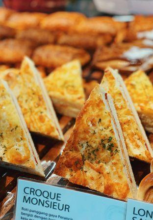 Foto 1 - Makanan di Tous Les Jours oleh Indra Mulia