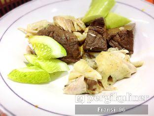 Foto 3 - Makanan di Bubur Ayam Tangki 18 Aguan oleh Fransiscus