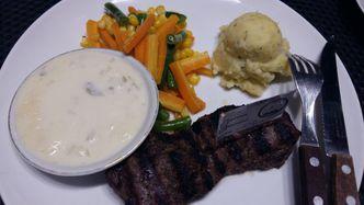 Foto Makanan di 168 Calories Steak House & Coffee Bar