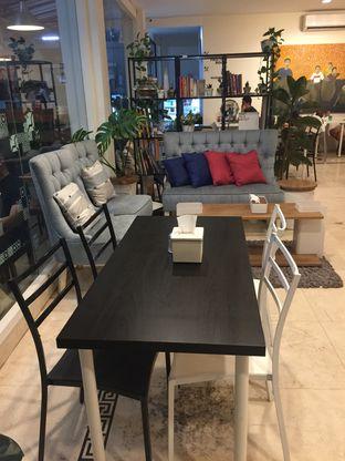 Foto 6 - Interior di Sang Cafe oleh Ardelia I. Gunawan