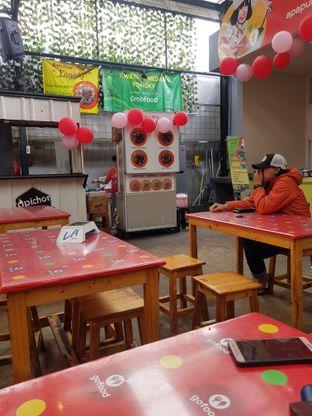 Foto 3 - Interior di Kwetiau Medan Yongky oleh cycynthiiaa