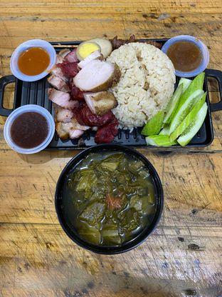 Foto review Nasi Campur Tri Bukit oleh Yohanacandra (@kulinerkapandiet) 9