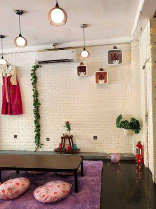 Foto 9 - Interior di Mukbang Kitchen & Coffee oleh kdsct