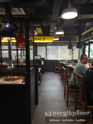Foto 8 - Interior di Magal Korean BBQ oleh @NonikJajan