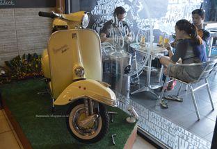Foto 3 - Interior di Scooter Cafe oleh Anandic