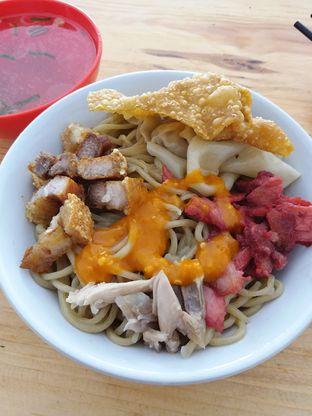 Foto 1 - Makanan di Pangsit Mie Palu oleh Mishella