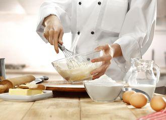 Perbedaan Baking Powder & Baking Soda yang Perlu Kamu Tahu
