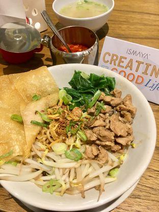 Foto 8 - Makanan di The People's Cafe oleh Prido ZH