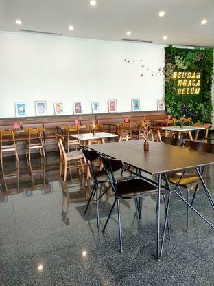 Foto 3 - Interior di Kaca Coffee & Eatery oleh Ika Nurhayati