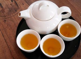 Intip Perbedaan White Tea, Black tea, dan Green Tea