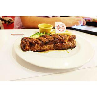 Foto - Makanan di Holycow! STEAKHOUSE by Chef Afit oleh Teloer .