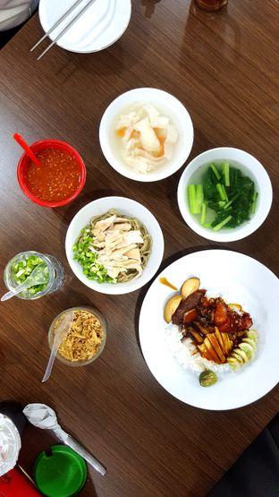 Foto 2 - Makanan di Mie Ayam Abadi oleh Naomi Suryabudhi