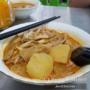 Foto 3 - Makanan(Bihun Kari Ayam) di RM Tabona oleh JC Wen
