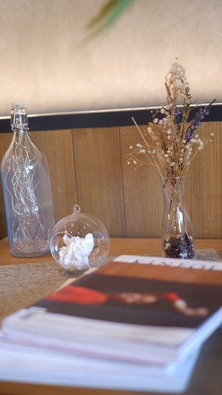 Foto 21 - Interior di Phos Coffee oleh Deasy Lim