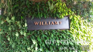 Foto review Williams oleh Selfi Tan 8