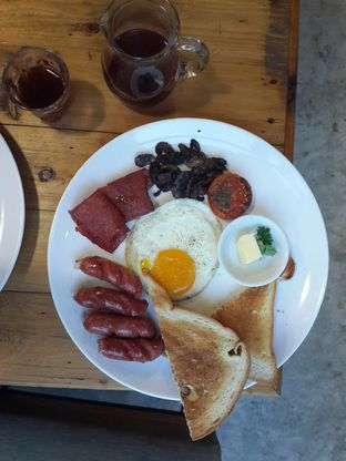 Foto 4 - Makanan(English Breakfast) di Routine Coffee & Eatery oleh Stella Maris
