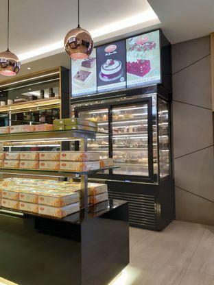 Foto 3 - Interior di D' Cika Cake & Bakery oleh Reza  Imam Pratama