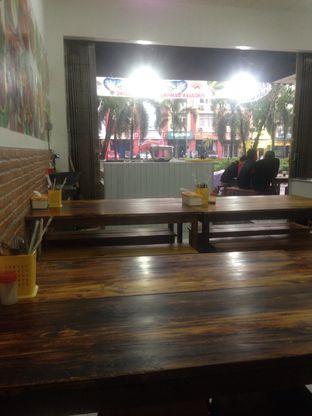 Foto 3 - Interior di Seafood 94 Nasi Uduk Enok oleh Saya Laper