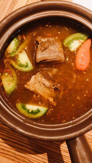 Foto 3 - Makanan(Asem Asem Iga Putri Solo (80k)) di Remboelan oleh Riris Hilda