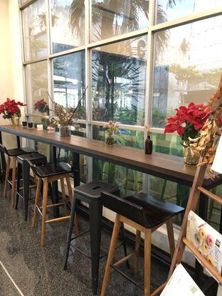 Foto 6 - Interior di Kaca Coffee & Eatery oleh Mitha Komala