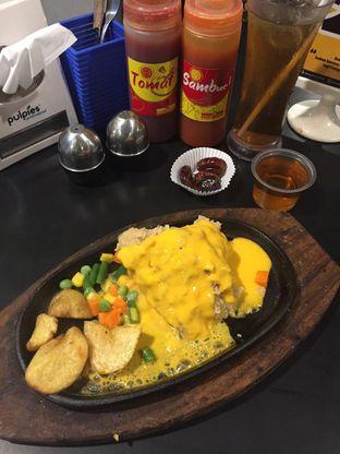 Foto 2 - Makanan di Waroeng Steak & Shake oleh yudistira ishak abrar